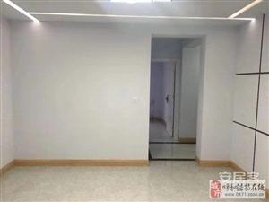 乌兰小区2室2厅1卫1700元/月