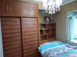 四室两厅双卫,精装,家具家电空调齐全,设计合理,
