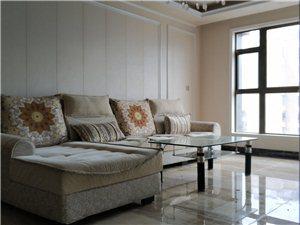 伯爵钻石广场3室2厅2卫精装带家具2200元/月