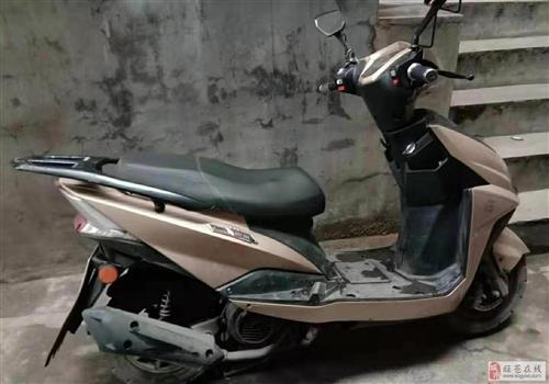 出售二手踏板油摩托车一辆