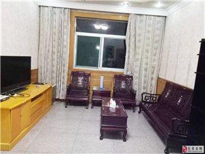 税务新村通济街130平方3室2厅精装家电全近商业街