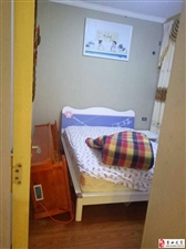 领秀边城2室2厅1卫证件齐全关门卖可按揭!