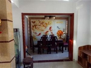 3室3厅3卫豪华装修,仅售200