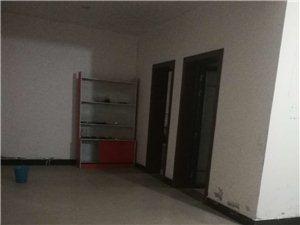 3室2厅2卫1000元/月