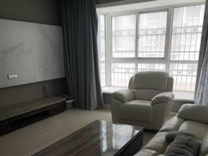 华联商厦3室2厅2卫75万元
