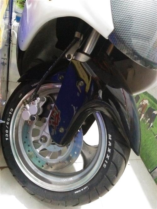 R5踏板车150cc转让