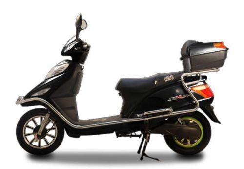 亚博yaboPG电子市处理一个二手踏板电动车