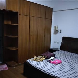林美花园103平精装修3室2厅2卫75万元