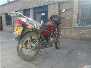 本人出售个人125型豪爵摩托车一辆。