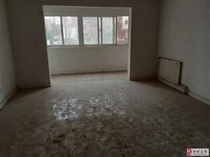 雍景苑4室2厅2卫136万元