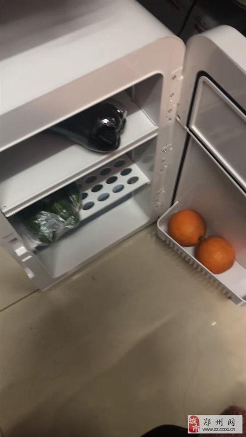 出售9成新的小冰箱一臺