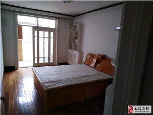 阳春里四楼80平米家具家电齐全二小片