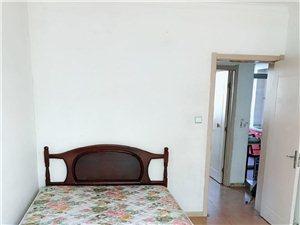 重阳里58平米两室齐全新做保洁干净