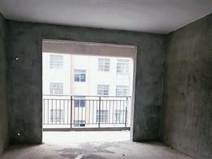 凤凰城黄金楼层4室2厅2卫83.6万元