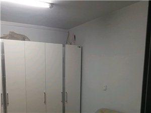 1214华联宿舍2室2厅1卫900元/月