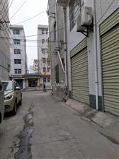 门面出租:凤鸣小区独院东排付一号一楼门面房出租