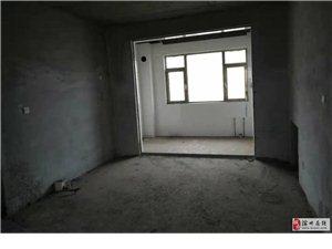 北海馨苑简装3室2厅1卫141平带阁楼116万