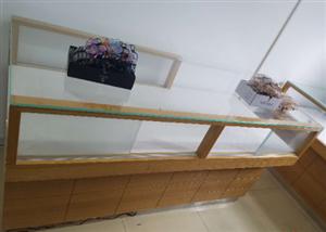 处理眼镜柜台,1.8米长0.8米宽