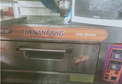 八成新单层烤箱,低价出售
