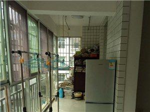 佳居苑2期3室2厅2卫1300元/月