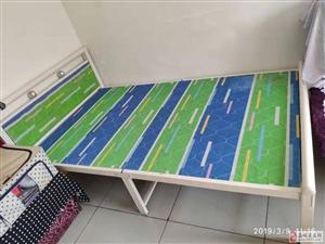 出售95成新床一件。