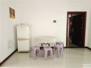 国际城3室2厅1卫1500元/月