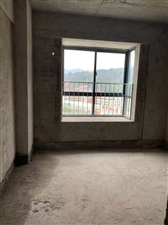 弘桥世界城4室2厅2卫85万元