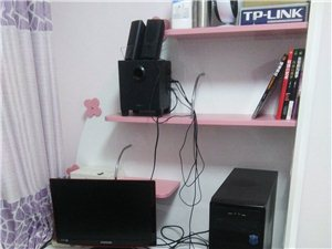 出售自家的电脑书桌