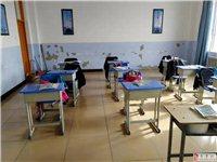 出售学生用新桌椅,单人单桌