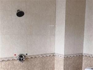 东风路华城酒店1室0厅1卫450元/月
