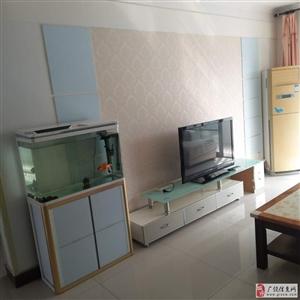东方丽景2楼100平精装带家具家电1350元/月