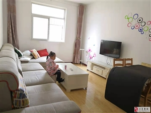 江南总督府2室2厅1卫1700元/月