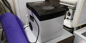 低价出售二手商用小型制冰机,