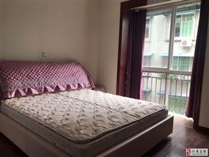 麓兰春都3室2厅1卫62.8万元