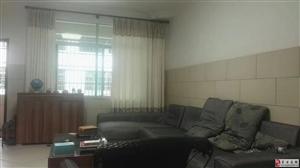 出售一套3房2厅小区房128平方米