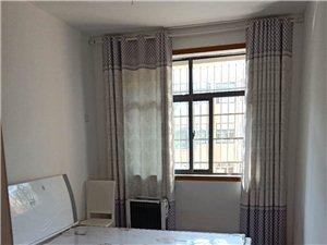 凯旋华府精装4楼3室2厅2卫1700元/月