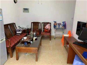 金盾豪庭精装修2室1厅1卫38.8万元