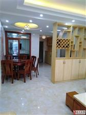 港晟豪庭3室2厅2卫2800元/月