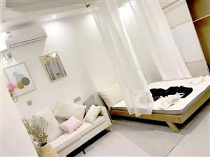 辉隆大市场单身公寓1室1厅1卫1600元/月