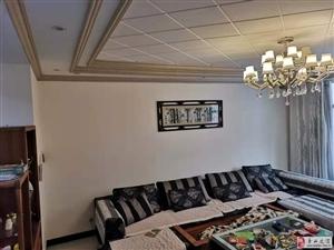 电信局5室2厅2卫62.8万元