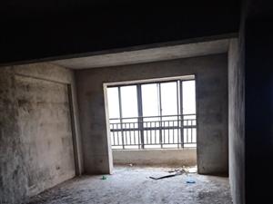 金泰领秀城3室2厅2卫93万元