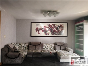 【玛雅房屋】五一街区3室2厅2卫3000元/月
