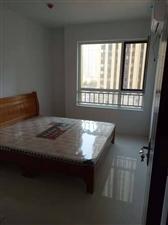 青州龙苑中装3居室,家具齐全,带电视1500元/月