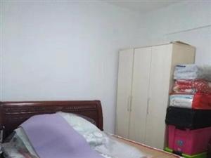 花半里2室2厅1卫102万元