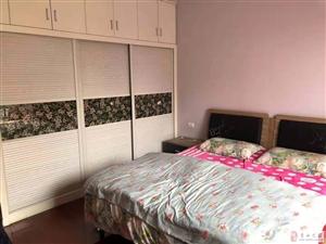 领秀边城3室2厅2卫 126平 好户型 49.8万元