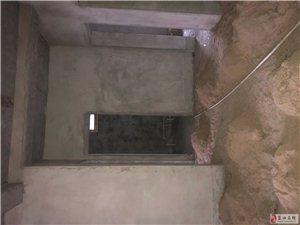 宏辉广场隔壁小产权3室2厅1卫38万元