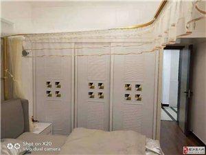 万?#23478;?#26635;两室两厅一厨一卫95.8平米的房屋出售