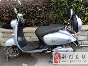 出售雅迪电动摩托车