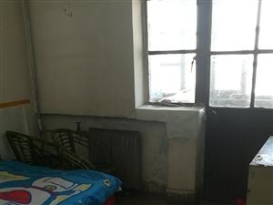 兰新小区3室1厅1卫400元/月全包