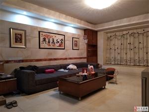 金阳花园3室2厅2卫83万元
